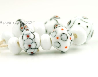 Meagan Lily Lampwork ' Spots and Lines' (BS15058)