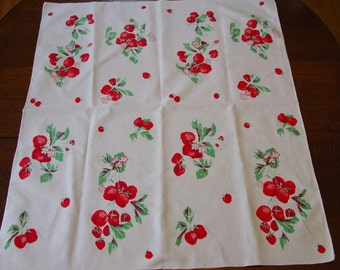 Vintage Wilendur Strawberry Sm.Tablecloth, Fabric, 30 x 37""