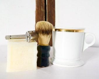 Mens French Vintage  Shaving Kit Set Razor Cup Soap Brush rasoir