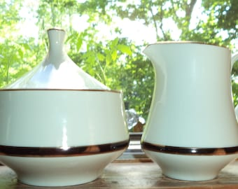 Vintage Royal Limited Five Piece Table Setting for Eight in Dynasty Black with Sugar Bowl and Creamer