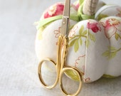 "3-1/2"" PREMAX Scalloped embroidery scissors : Italian ciseaux de broderie cross stitch Easter Mother's Day"