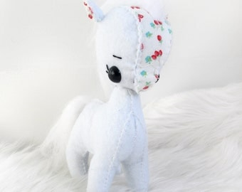 Mini White and Red Floral Felt Pony Plushie Toy