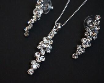Crystal necklace & earring set.  Bridal jewellery set.