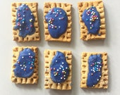 Mini Bite Sized Pup-Tarts peanut butter cookies with vanilla topping   - All Natural Dog Treats - 12 mini poptarts per order