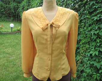 Womens Blouse / Blouse Vintage / Yellow Blouse / Buttoned Blouse / Embroidery / Size EUR 42/ UK14
