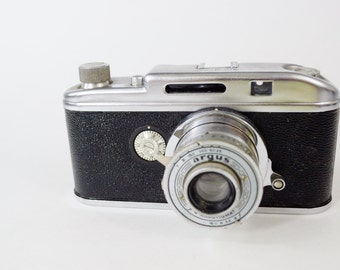 Argus f4 Anastigmat Vinage Camera from the 1930's