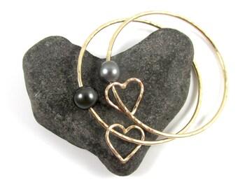 Genuine Tahitian Pearl Bangle, Gold Hammered Heart, Love, Elegant, Christmas Gift Idea, Anniversary, Handmade Maui Jewelry, Personalized