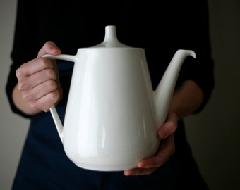 Porcelain teapot - Tea Time - Coffee pot - Théière - art & manufacture
