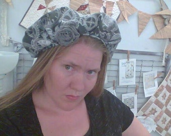 frumpy flannel steampunk artist style newsboy gear and clock face hat with rose