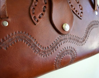 Vintage Brown Leather Tooled Leather Purse