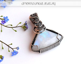 Reversible pendant , moonstone pendant , wire wrapped jewelry , sterling silver jewelry