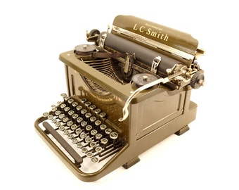 Vintage L C Smith Secretarial 8-11 Typewriter in Walnut Green (c.1934) - Collectible Working Typewriter, Vintage Office Decor
