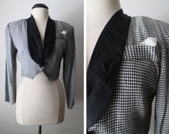 Vintage 80s Houndstooth Cropped Lightweight Blazer Jacket with Faux Pocket/Hanky Size 9-10