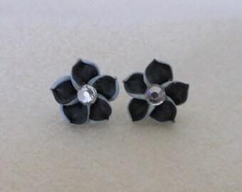 Hawaiian Plumeria Flower Earrings/Polymer clay plumeria pierced earrings/womens plumeria flower earrings/teen girls plumeria flower earrings