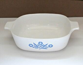 vintage cornflower Corning Ware P-1 B Casserole 1 Qt. retro blue and white casserole dish