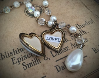 Vintage Mother of Pearl Heart Locket Necklace - Pearl Rosary Chain Necklace - Vintage Jewelry - Assemblage Jewelry - Antique Locket - Gifts