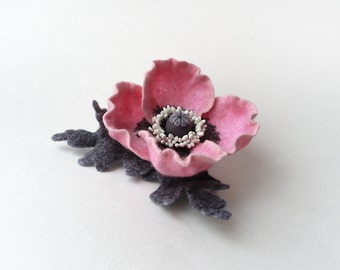 Felted brooch pink poppy flower with grey leaves, ready to ship