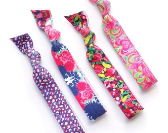 LILLY V - 4 Printed Comfort Elastic Hair Ties / Bands / Bracelets - Lilly Pulitzer Inspired