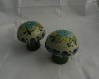Vintage Hand Made Mexican Salt & Pepper Shakers