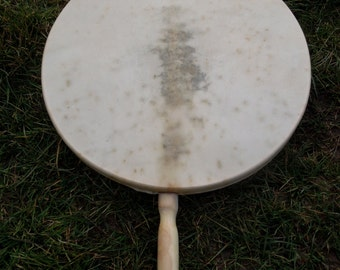 Qilaut drum - Inuit wind drum