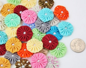 "Mini Fabric YoYo 1"" Flowers yo yo's mixed colors with pearl center make headbands appliques embellishments wholesale yoyos mix colors 1 inch"