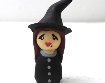 Tiny Miniature Witch Dollhouse Doll House Halloween Haunted Artist Figure
