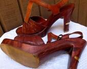 "Vintage leather sandals ladies shoes Brown Sz 10Med by Fanfare made in Brazil wood wedge 4.5"" platform heel 1970's"