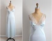 Vintage Vanity Fair Seafoam lace slip Dress / Wedding nightgown / Vintage lingerie / size M/L