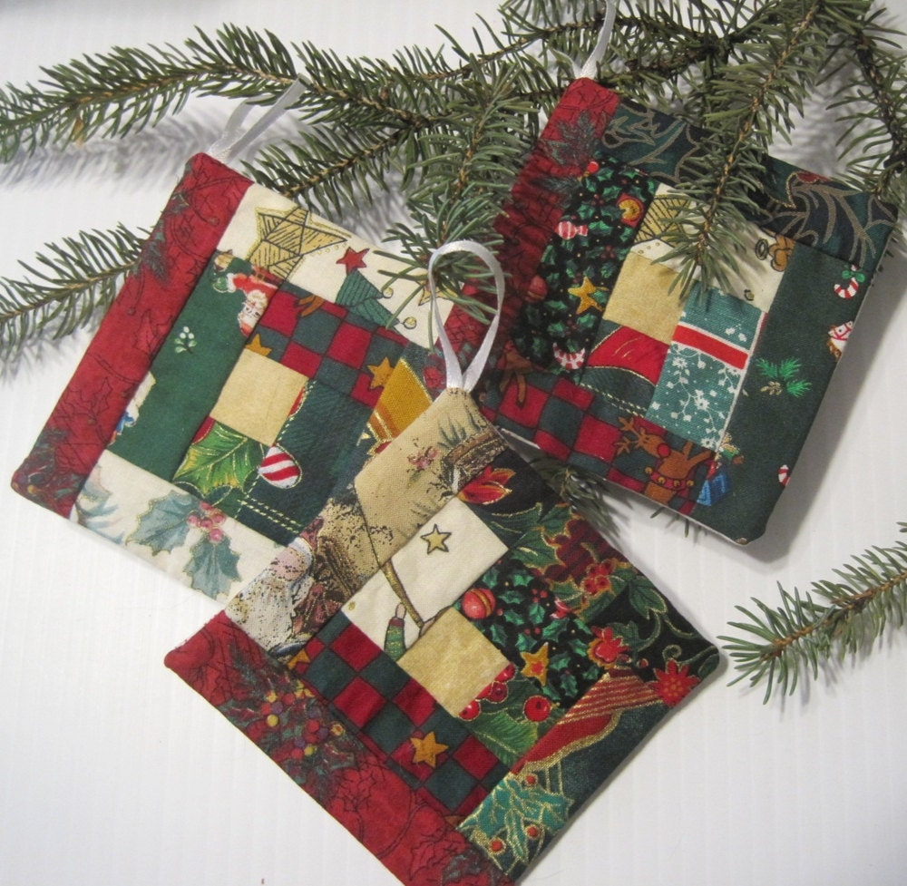 Set Of 3 Log Cabin Christmas Ornaments / Quilted Tree