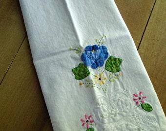 Hand Applique Tea Towel / Vintage Applique Dish Towel / Tea Party / Hand Towel / Finger Tip Towel / Flower Applique / Blue Flower / Cotton