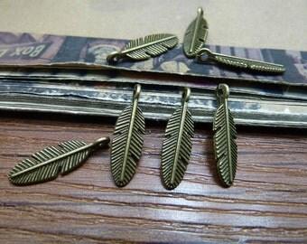 100pcs 6x20mm The Leaves   Antique Bronze Retro Pendant Charm For Jewelry Bracelet Necklace Charms Pendants C6658