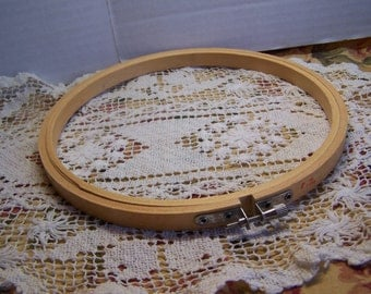 """Size 8"""" Wood Embroidery Hoop"""