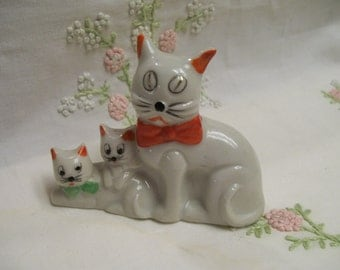 Occupied Japan Figurine Trio of Kitty Cats Circa 1940s