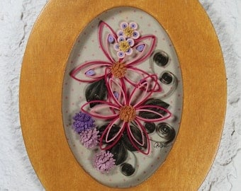Decorative frame-oval frame-quilled flowers-quilling-pink-lavender-wall hanging
