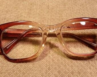 Vintage /Retro Eyeglasses Plastic Frames Made in Hong Kong SOHO CE Brown Fade 50-22_140