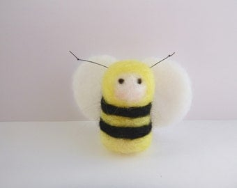 Bee puppet etsy for Bee finger puppet template