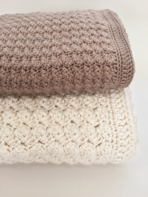 Crochet Pattern For Bulky Yarn Blanket : Crochet Baby Blanket Pattern - Chunky Crochet Baby Blanket ...