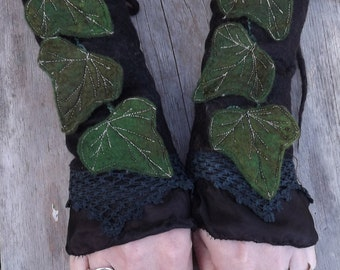 Forest Leaf Faerie Cuffs - black Cuffs - Vintage lace cuffs -green gloves- womans gloves- evening gloves-gift for her