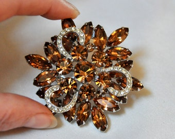WEISS Topaz Brooch - signed 1st mark - layered with icing