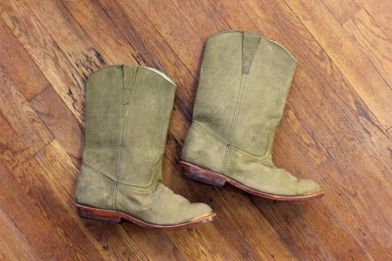 Cowboy Boots / Women's Size 8 / Sage Green Leather Metal Tipped Boots / Vintage Western Shoes
