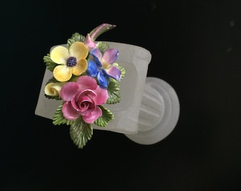 """Brookwood China brooch Cara China """"Mayflower"""" Staffordshire England porcelain flower brooch pin blue forget-me-not bouquet"""