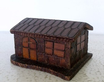 Box Folk Art Wooden Cabin Tramp Art Cottage Hinged Lid Americana Handcrafted Handmade