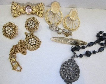 Vintage Lot 1928 Brand Jewelry Black Necklace Pins Earrings More 1920's Flapper Style Art Nouveau