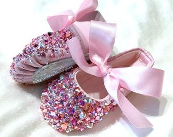 100% Swarovski Slippers Infant Baby Ballerina Ballet Shoes Slippers Newborn Strassed Pointe Shoes Baby Girl Shadow Box Keepsake Nursery Art
