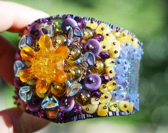Iris Absolute Bracelet Kit, Bead Embroidery KIT