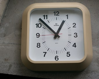 Vintage Wall Clock // 1960 French Working Electronic Clock // Mod Design