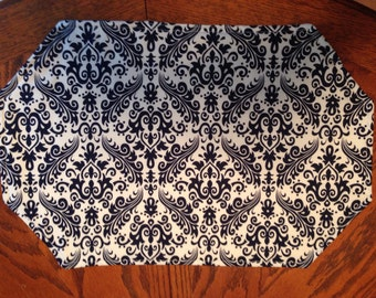 Navy Blue and White Placemat Set