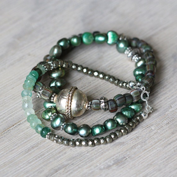 Gemstone Stacking Bracelets - Pearl & Emerald Bracelet Set