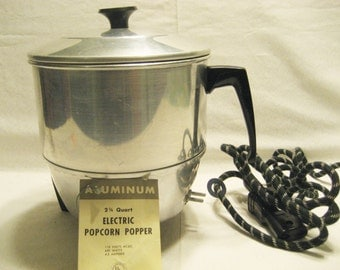 Comet Aluminum Corn Popper Vintage 1950s Pop Corn Maker