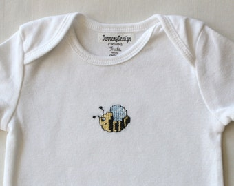Bumble bee cross-stitch on short sleeve onesie // 6 Months // baby clothing